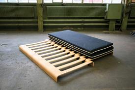 Drexler Guinand Jauslin, Simpledoubledeux Bed